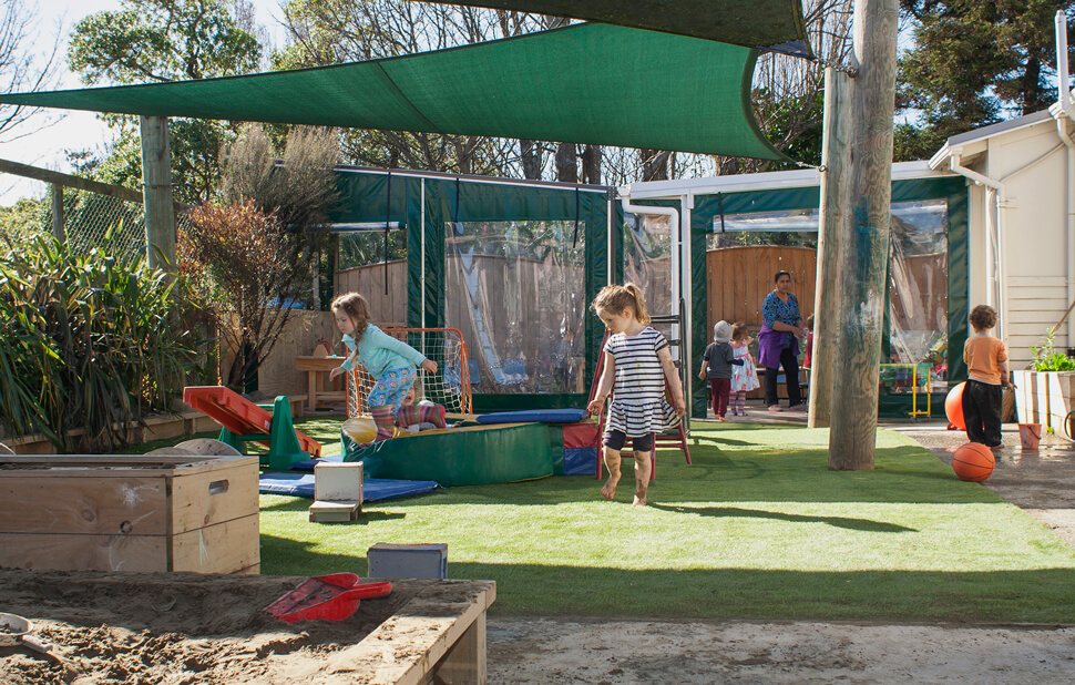 PolyHigh play area and sandpit